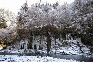 大滝・三十槌の氷柱(大つらら)
